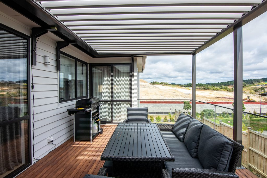deck blinds roofing auckland
